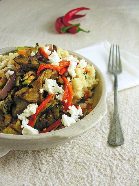 Couscous com legumes grelhados, especiarias e queijo de cabra by Filipe Lucas Frazão, via Flickr