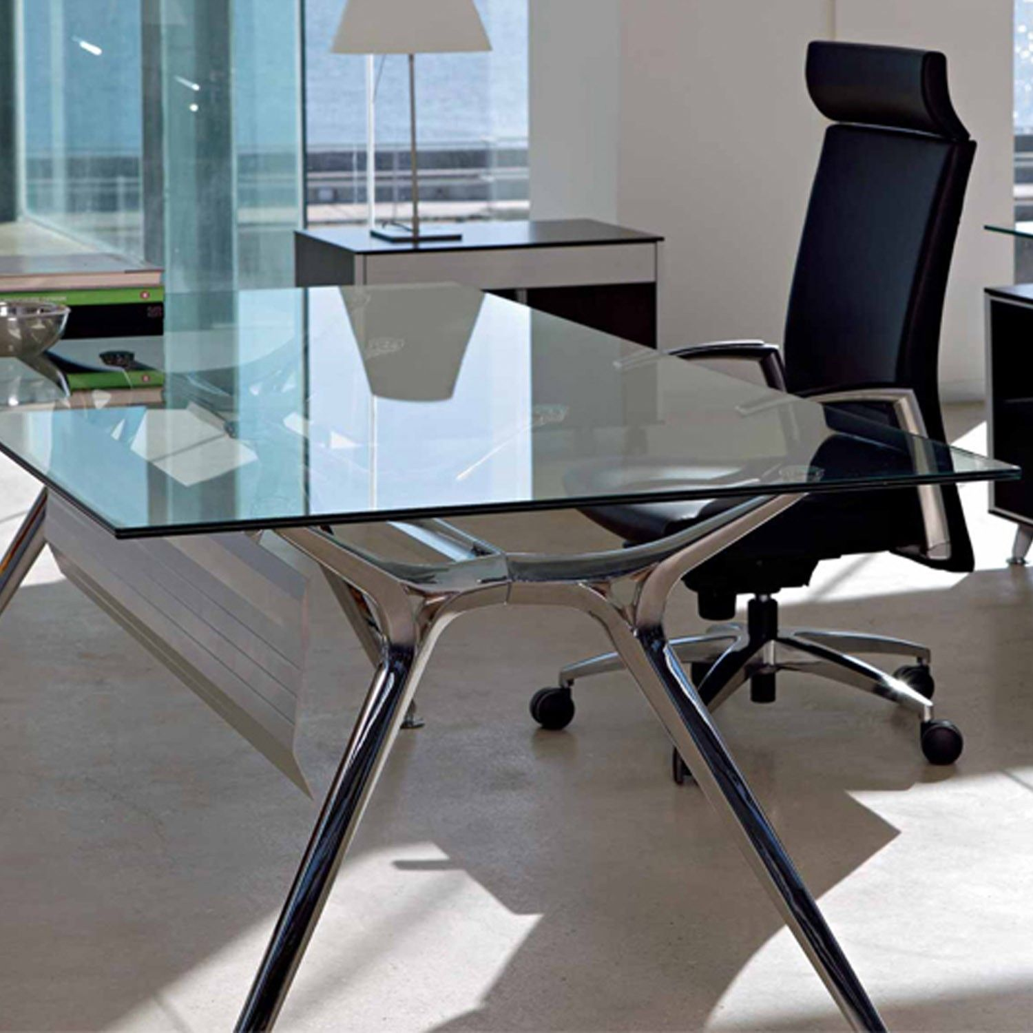 Pin By Annora On Round End Table Home Office Furniture Desk Contemporary Office Desk Glass Office