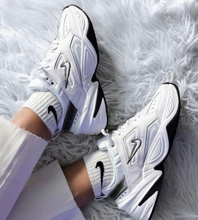 Aesthetic shoes, Sneakers, Sneakers fashion