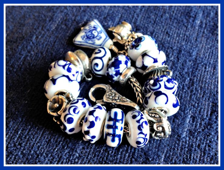 Updated Delft Bracelet This is not my bracelet, but I like it!