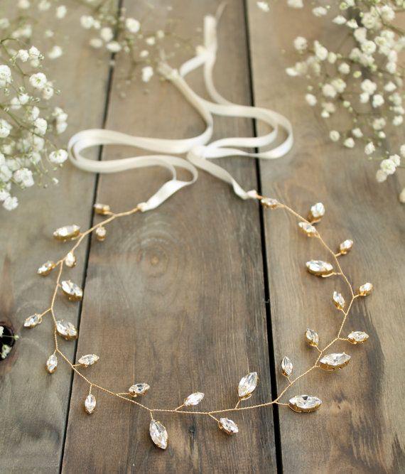 Brauthaarrebe, Hochzeitszubehör, Kristallkopfschmuck, Winterhochzeitskopfschmuck, Kristallbrauthalo, Swarovski-Blattkranz, goldene Tiara   – Bridal hair accessories
