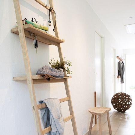 Garderobe Leiter anlehnregal nomad aus eiche eiche garderoben und flure