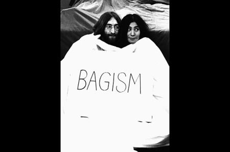 Photos of John Lennon and Yoko Ono's Bed-In, 1969 | Historical Pictures