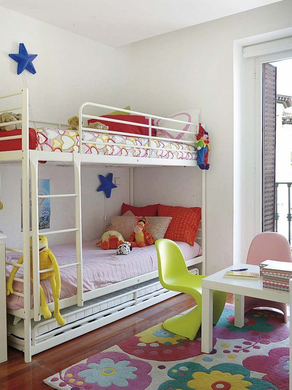 Dos habitaciones para tres hermanas decoraci n infantil - Habitaciones para tres ...
