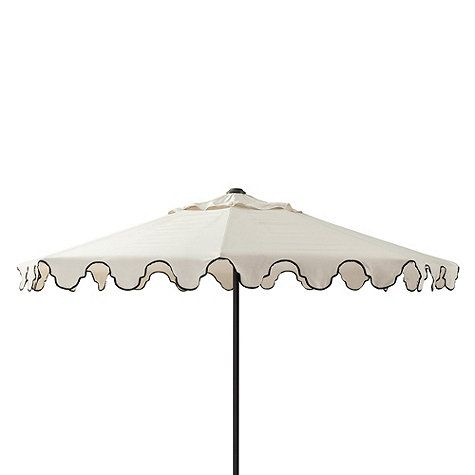 When Designing This Stylish Outdoor Umbrella Bunny Williams Was Inspired By The Scalloped Mughal Arches