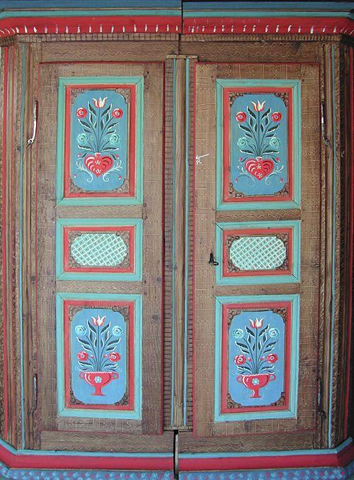 Polychromie Alsacienne Dans Le Mobilier Peintures Vintage Meubles Peints Peinture Meuble Bois