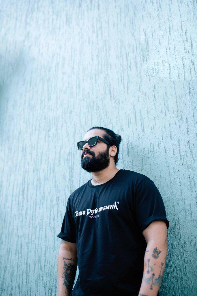 b4e71a9b54  allenclaudius  bowtiesandbones  streetwear  sneakerhead  streetwearculture   beardsandtats  blogger  vlogger  youtuber  influencer  india  indian ...
