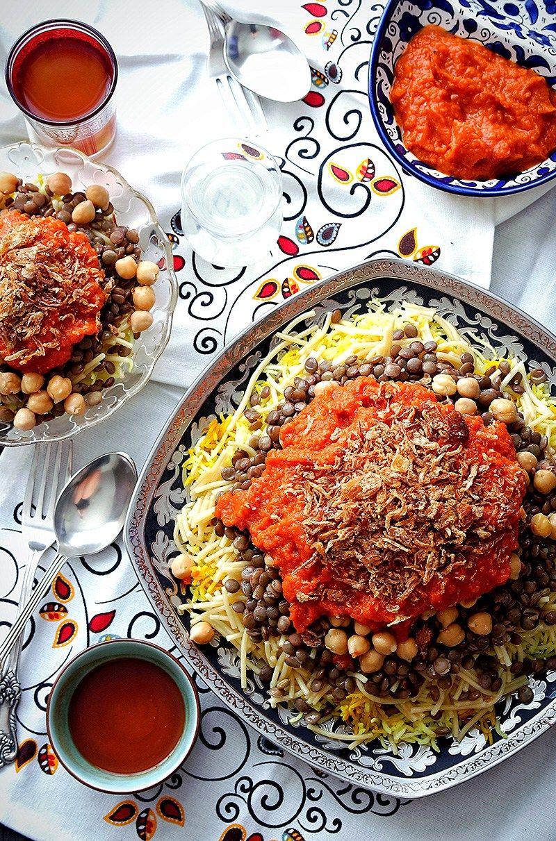 Koshari recipe koshari recipe winter warmers and egyptian vegan egyptian koshary im cuckoo for carbs and this egyptian koshari recipe is just a carb lovers dream come true bonus that its vegetarian to boot forumfinder Images