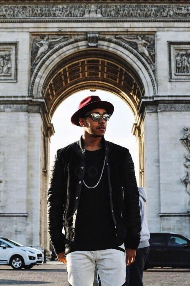 8da003b4c8bd Lewis Hamilton - In front of the Arc de Triomphe on