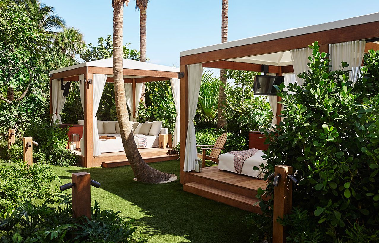 Cabana. The Miami Beach EDITION, USA. © EDITION Hotels | THE EDITION ...