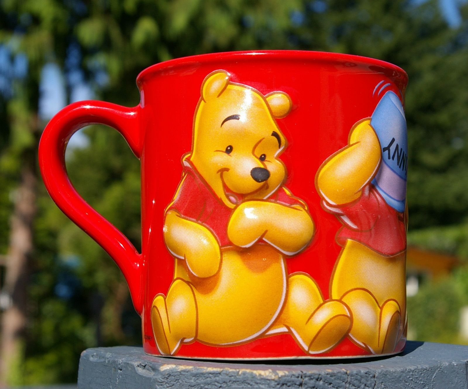 Walt Disney Winnie the Pooh Coffee Mug Red Four Poses Blue Hunny Pot