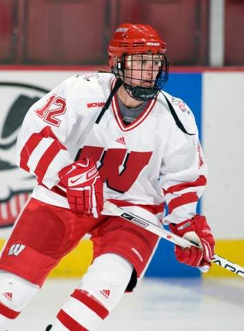 Hockey Wisconsin Badgers Google Search Wisconsin Badger