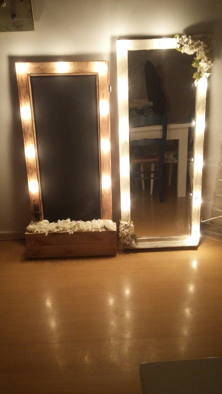Pizarr 243 N Y Espejo Con Luces Y Flores Carteles Luces