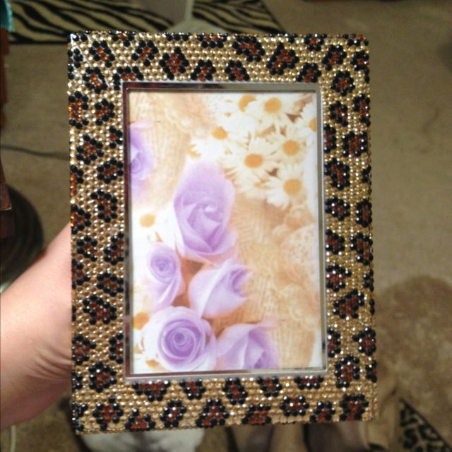 Leopard sequin frame. My two favourite tacky things in one!