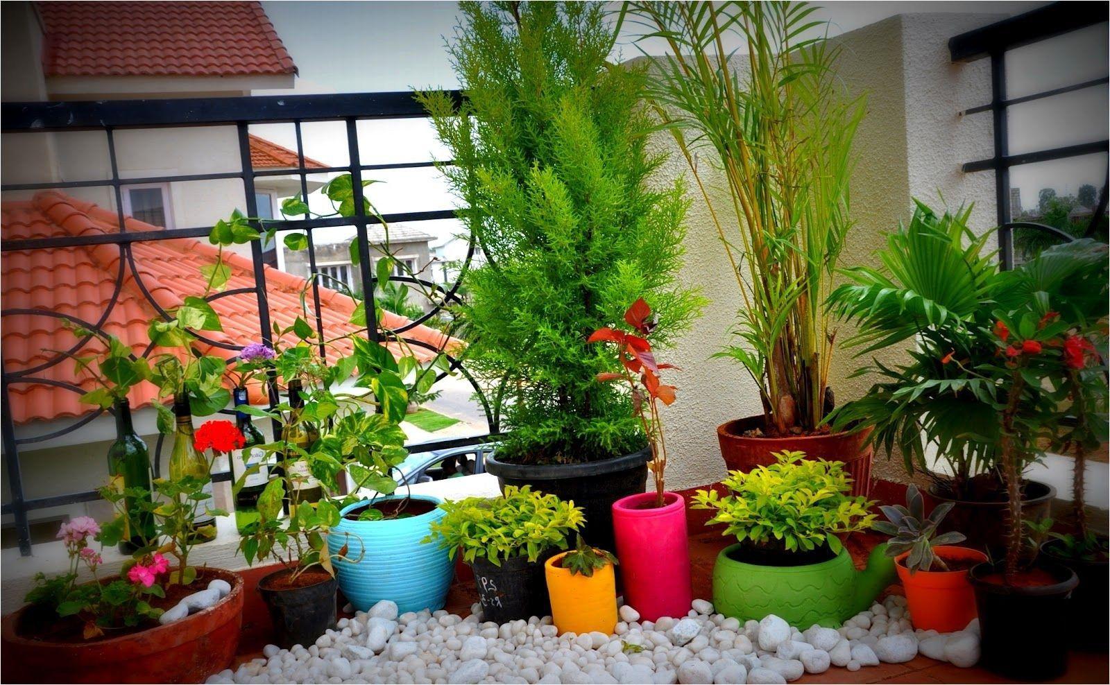 45 Cozy And Beautiful Small Terrace Design Ideas Daily Home List Patio Garden Design Small Space Gardening Small Balcony Garden