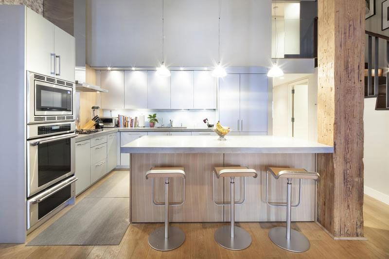 Urban Loft Style Apartment For Big Family In New York City Inspiration New York Kitchen Design Style 2018