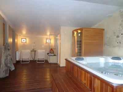 Chambres d\u0027hôtes à vendre près Avignon et Uzès dans le Gard