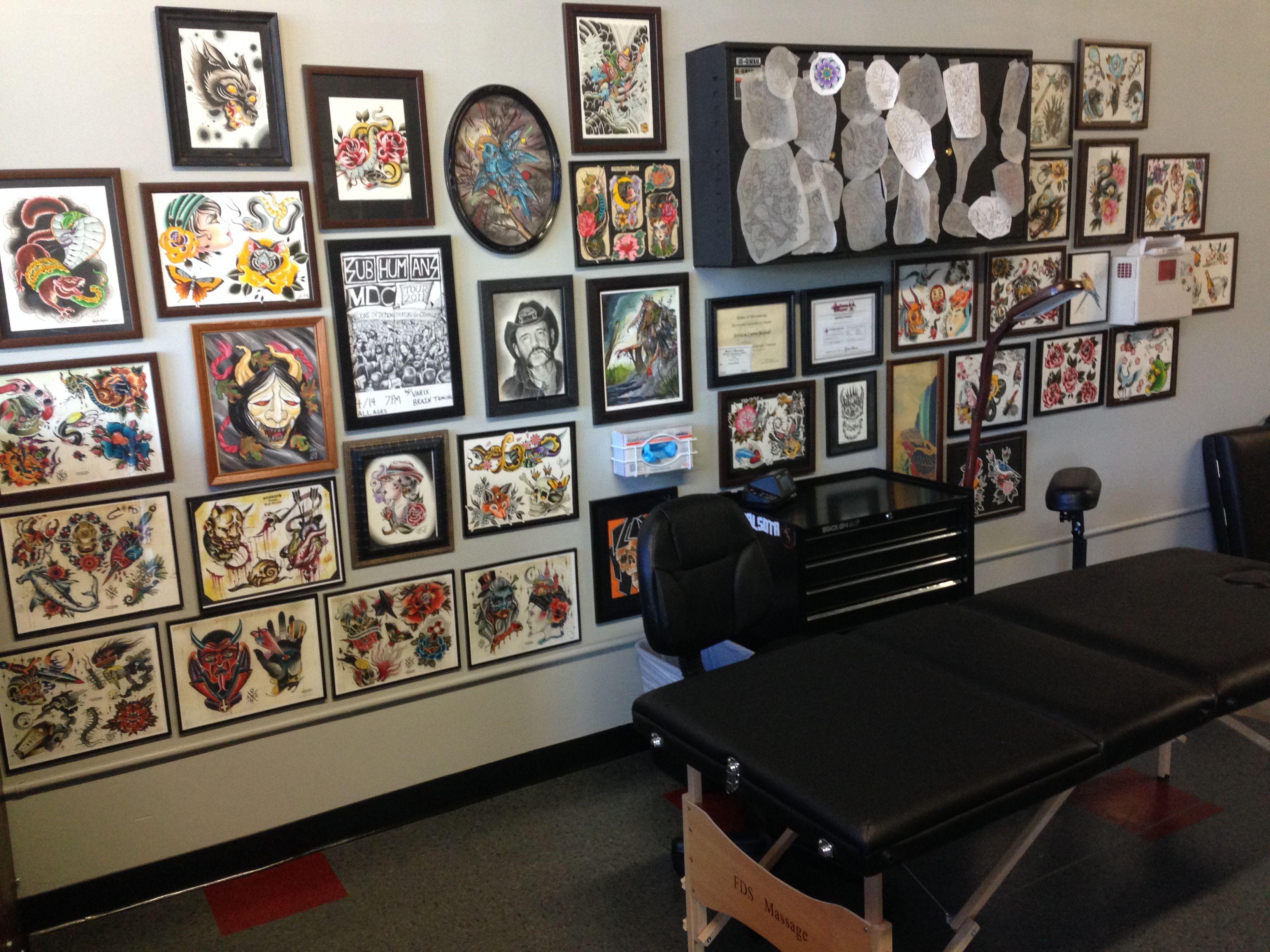 Black Coffin Tattoo. http://www.blackcoffintattoo.com