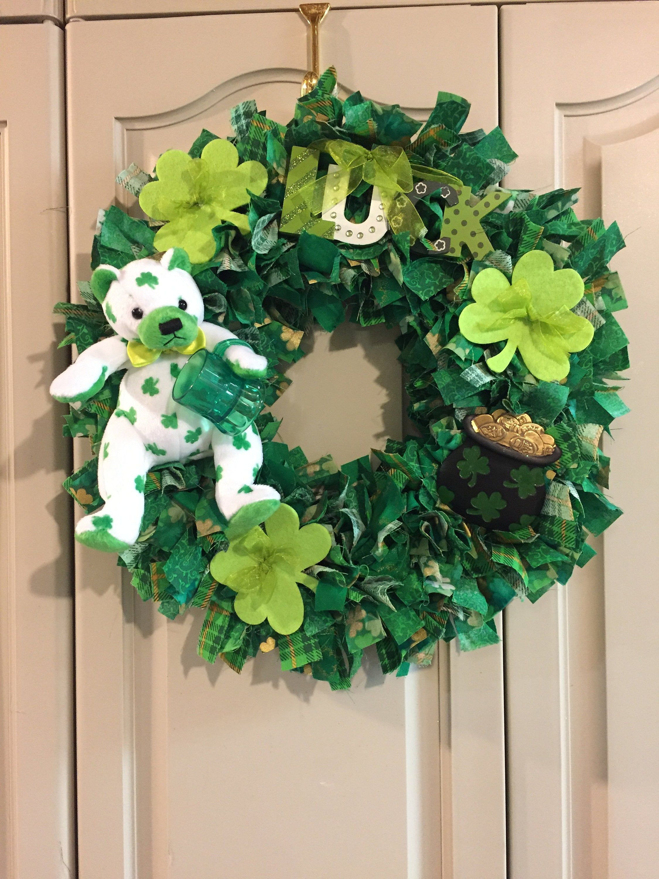 Large St Patrick/'s Rag Wreath with Green Bear #W076 Best O/'Luck Shamrocks and Floral
