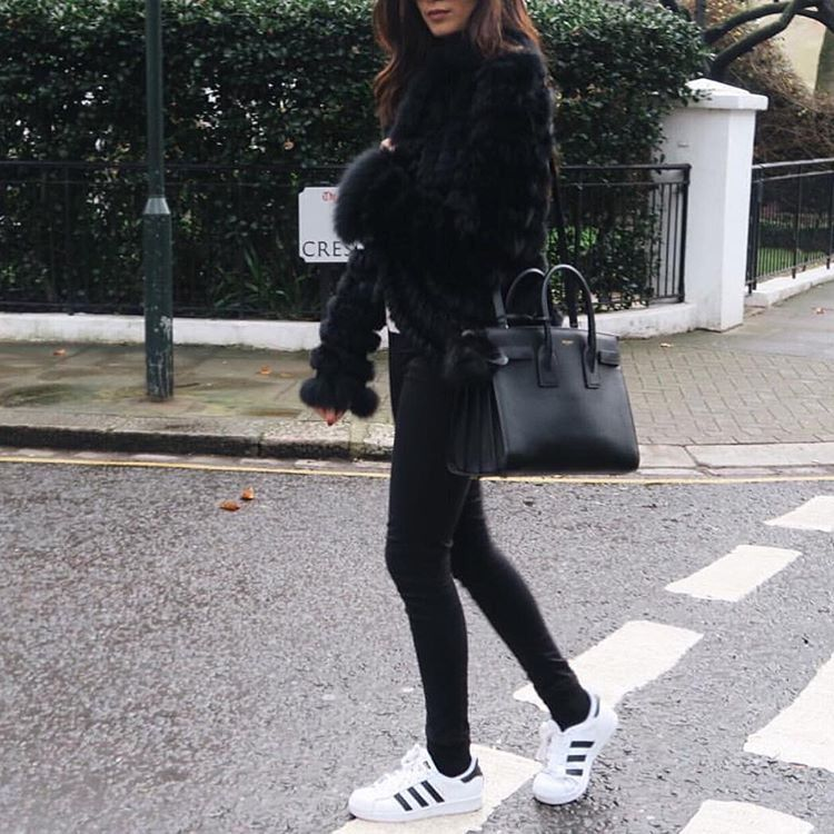 Adidas superstar and all black outfit :)