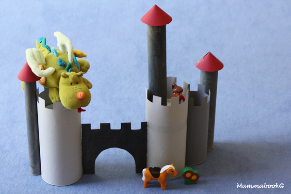 Un castello riciclato e la raccolta di riciclo creativo for Bricolage creativo