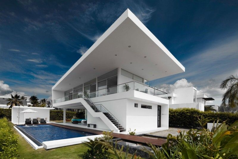 Modern Style Colombian Architecture:  House GM1 by GM Arquitectos in Girardot, Colombia