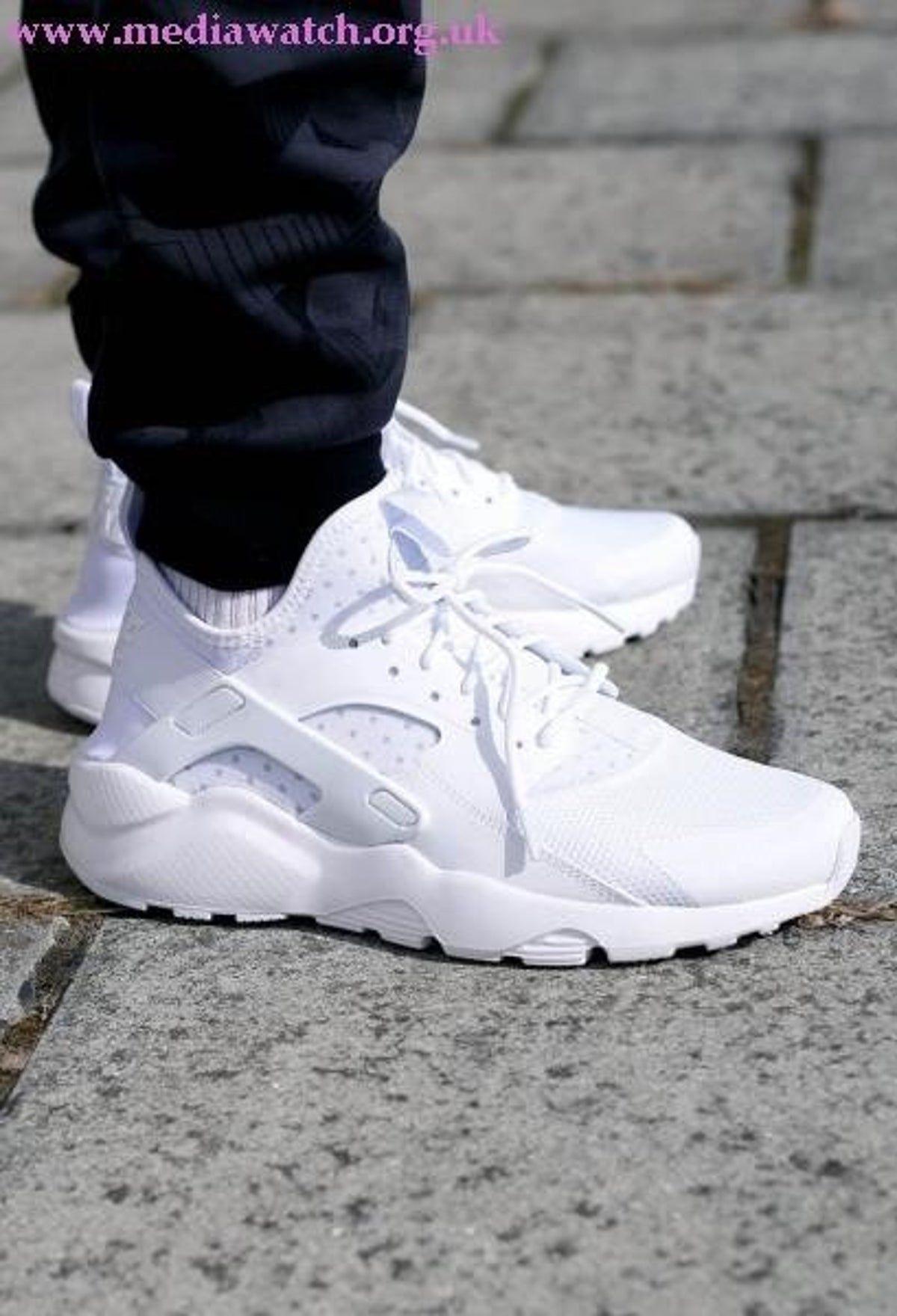 Irritato capsula Lucidato  nike white huraches men size 11 in 2020 | Nike air huarache white, Nike air  huarache ultra, Nike shoes huarache