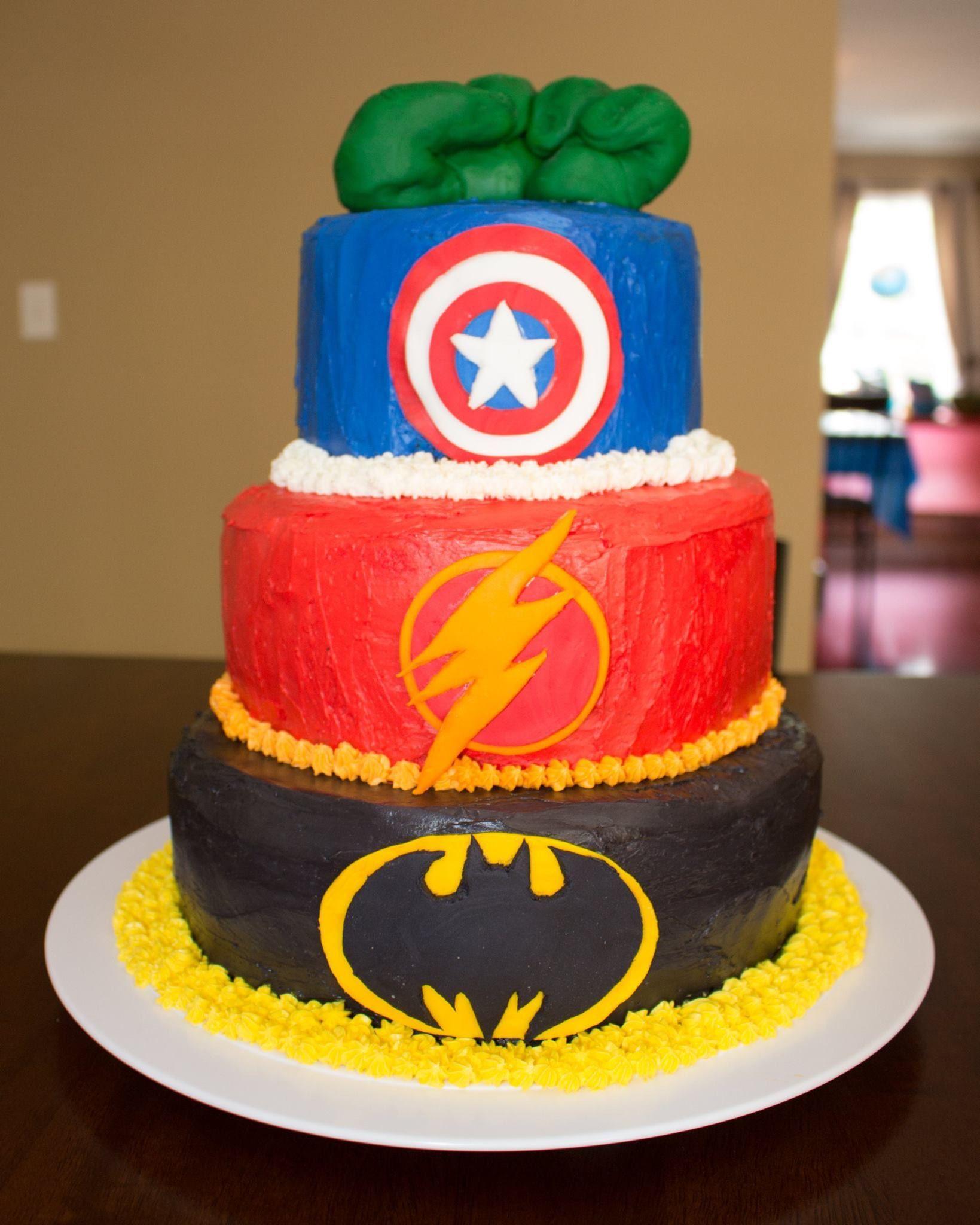 Superhero birthday cake cake superhero batman flash