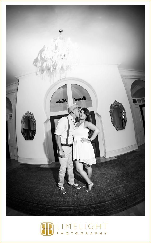 1920 Style Style Great Gatsby Engagement Session University Of Tampa Www Stepintothlimelight Com University Of Tampa Photography Christian College