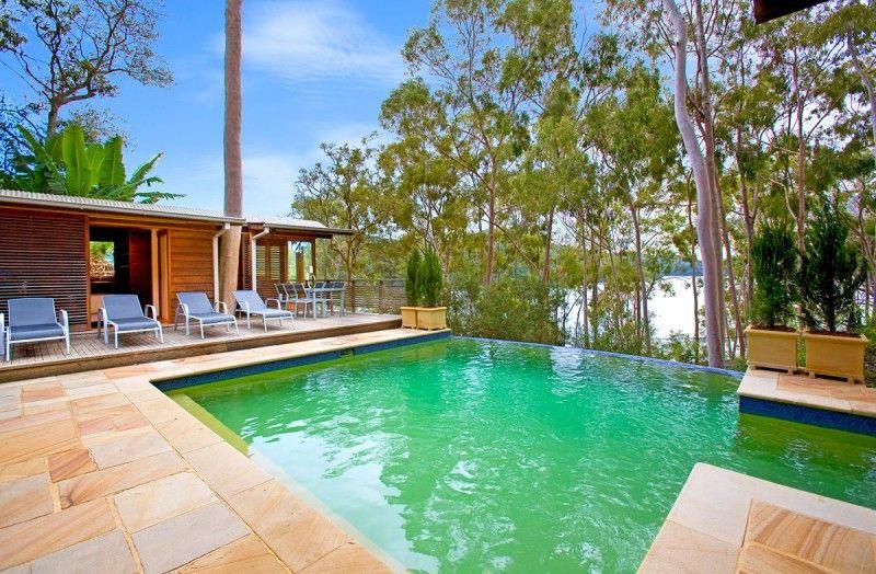 Treetops By Bruce Rickard - http://www.decoradvisor.net/interior-design-2/treetops-by-bruce-rickard/