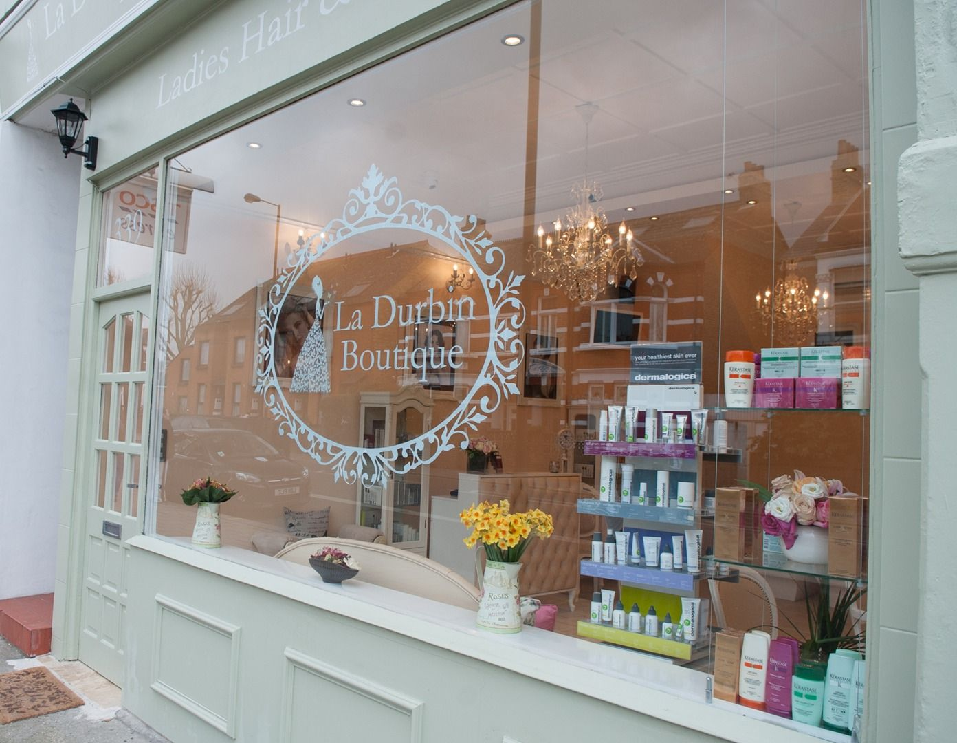 Hair beauty la durbin boutique salon london sw6 uk for Salon shabby gris