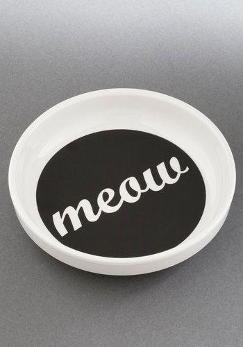 'meow' kitty bowl http://rstyle.me/n/ihejhr9te
