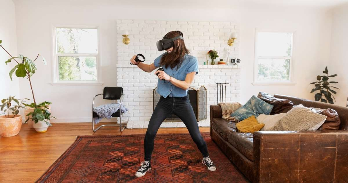 Oculus Quest Brings Your Real World Motion Into Vr Here S What That S Like The Next Gen Headset Is Totally Virtual Reality Virtual Reality Education Oculus