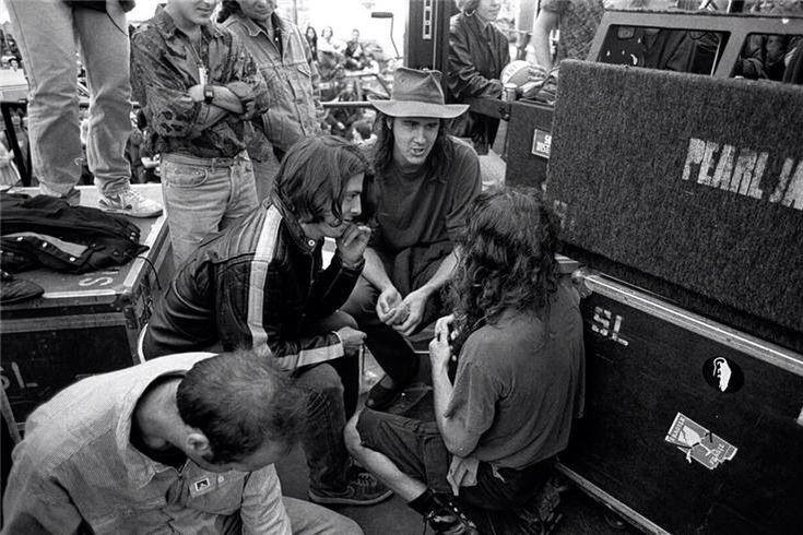 Pj And Nirvana Grunge And All That Implies Eddie Vedder Pearl