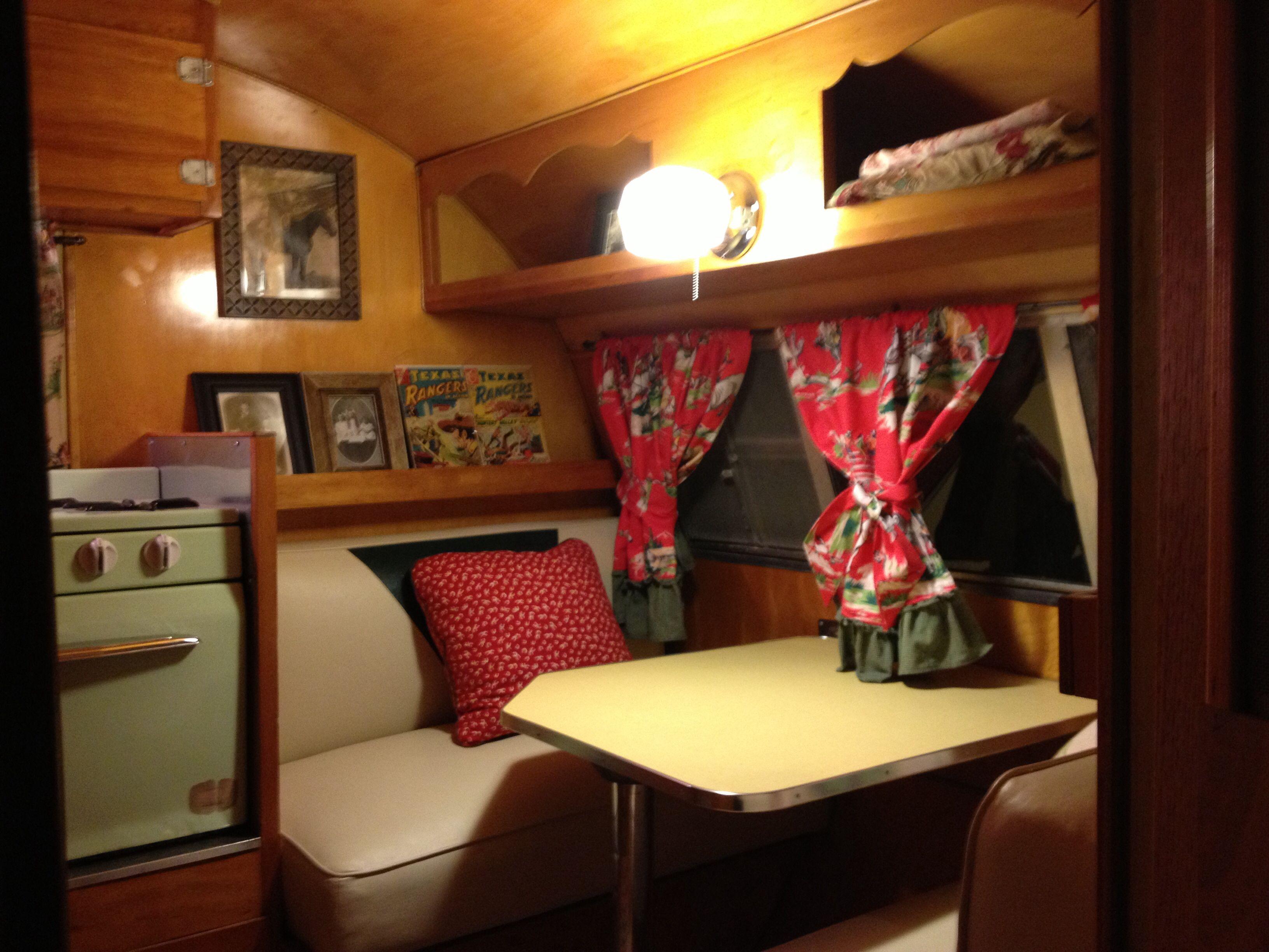 Vintage Travel Trailer Interior Ideas