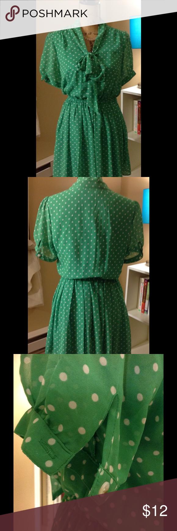 Green Polkadot Dress Green & white Polkadot dress size medium. Forever 21 Dresses Mini