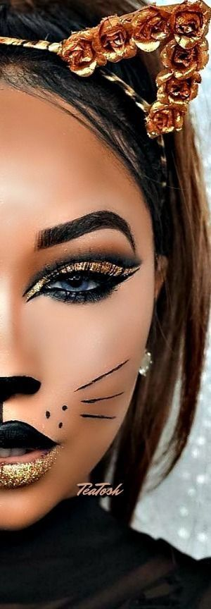 Cats Eye Gold Lid Love It Halloween Costumes Makeup