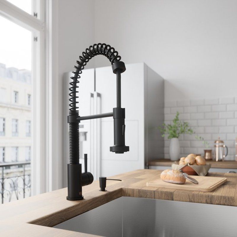 the best kitchen faucets under $250 (that look much more