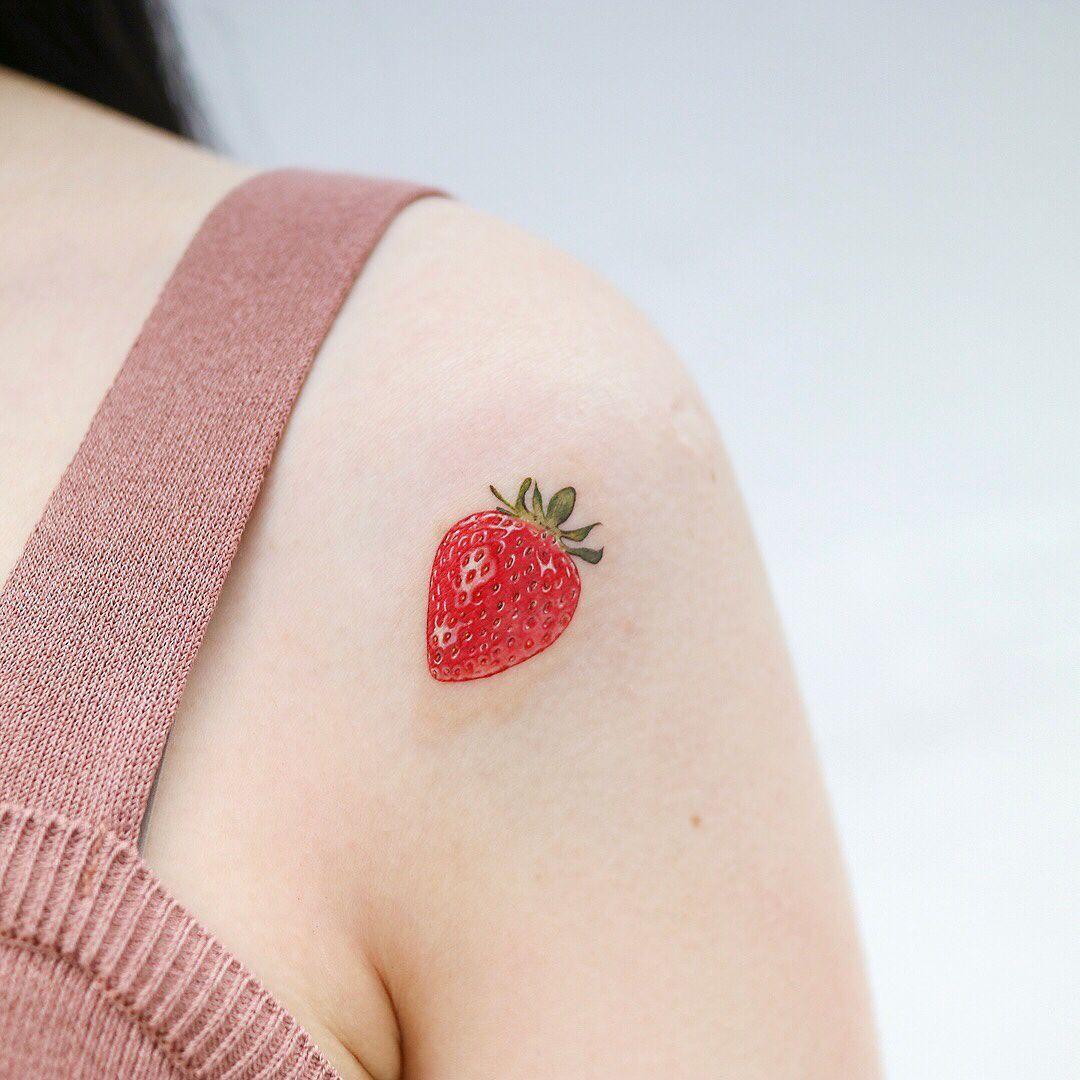 tatuaje de fresa