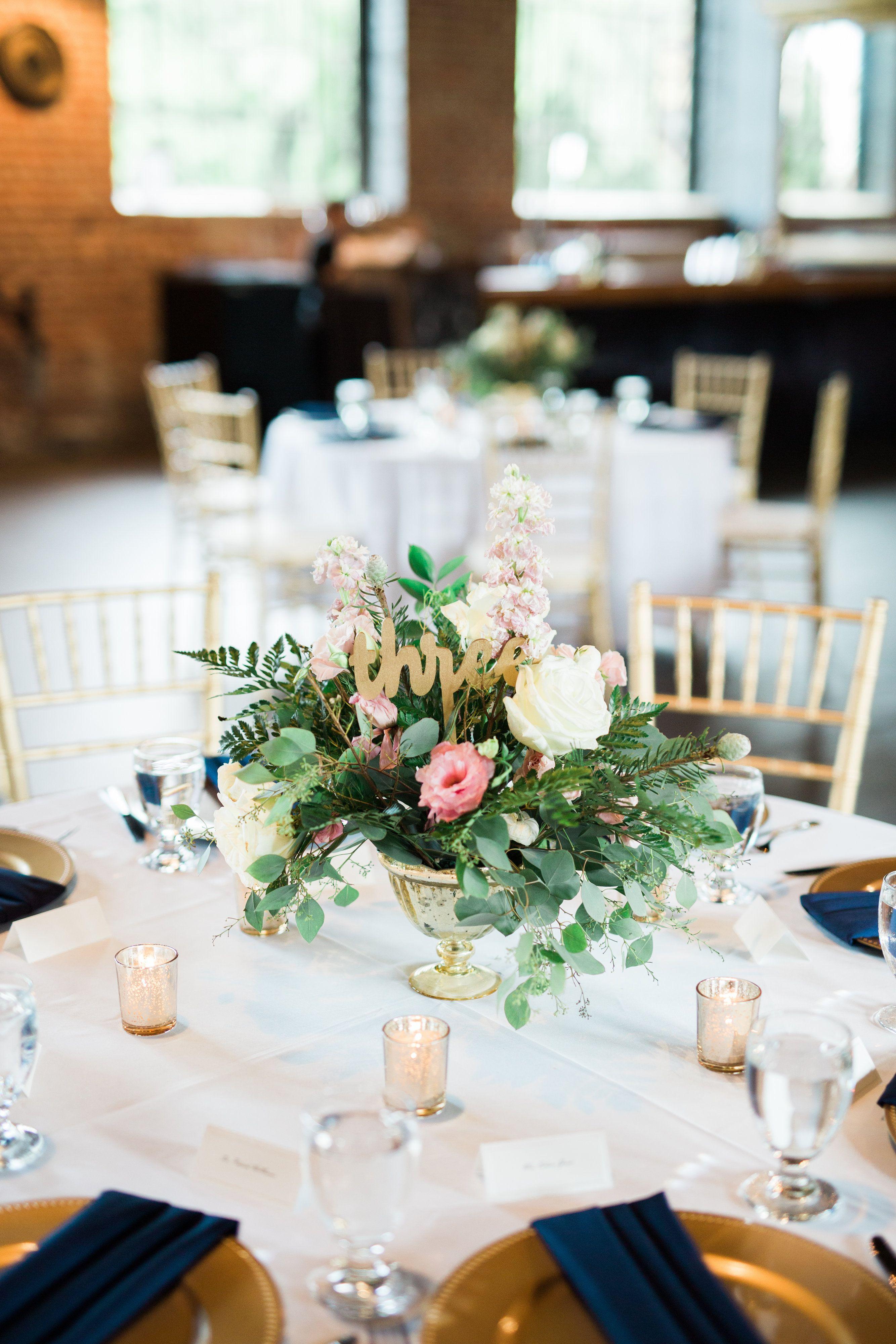 Pink And White Wedding Centerpiece Diy Wedding Flowers Bloominous Wedding Centerpieces Diy Centerpieces Wedding Cheap Beautiful Wedding Centerpiece