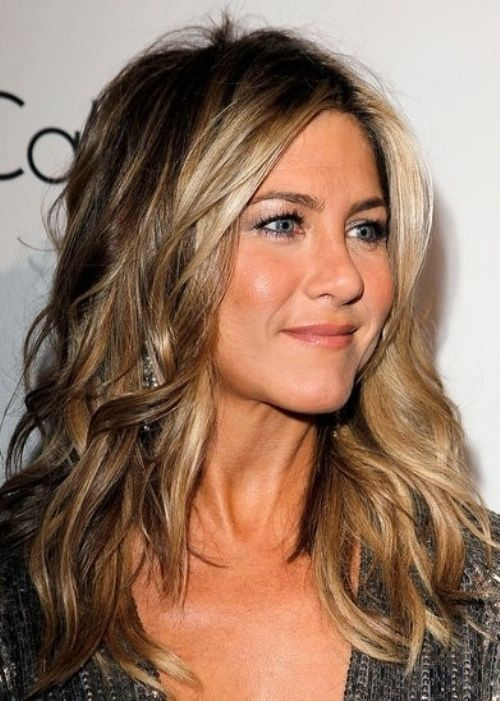 Top 50 Hairstyles For Heart Shaped Faces Jennifer Aniston Hair Color Long Hair Color Hair Styles