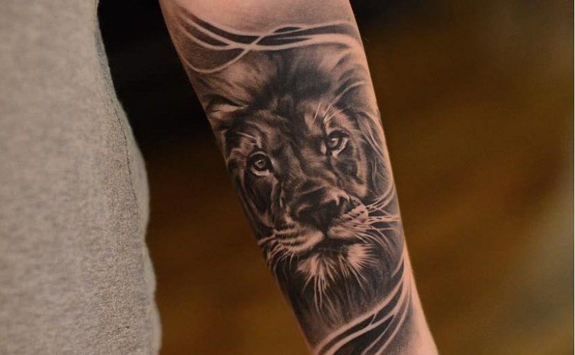 Tatuajes De Leones En El Brazo Tatuajes Leones Tatuajes De Lobos Tatuajes Para Hombres