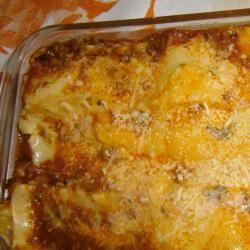 Lasanha com carne moída e queijo