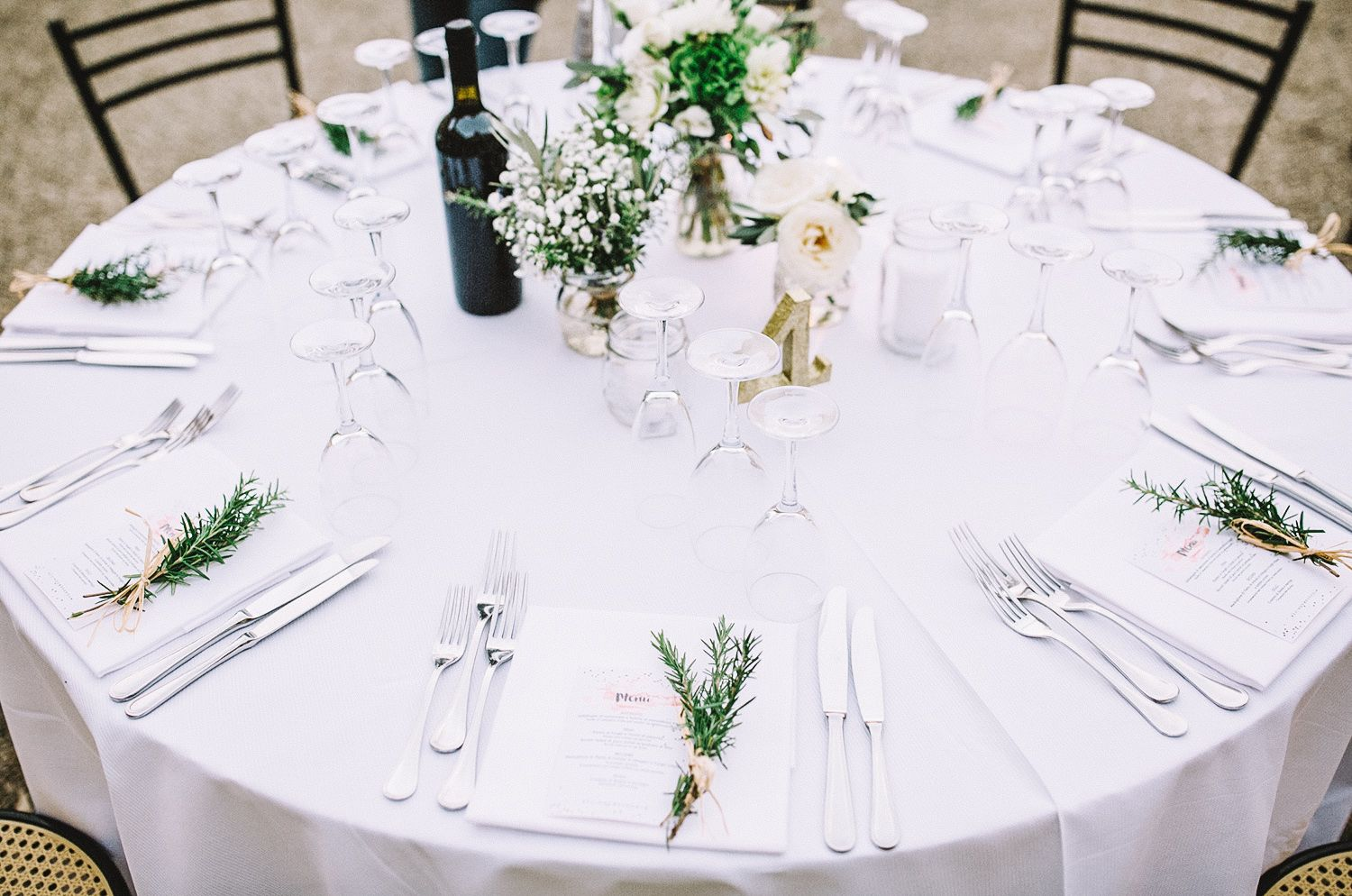 Wedding table decorations white flowers rosemary gold table numbers ...