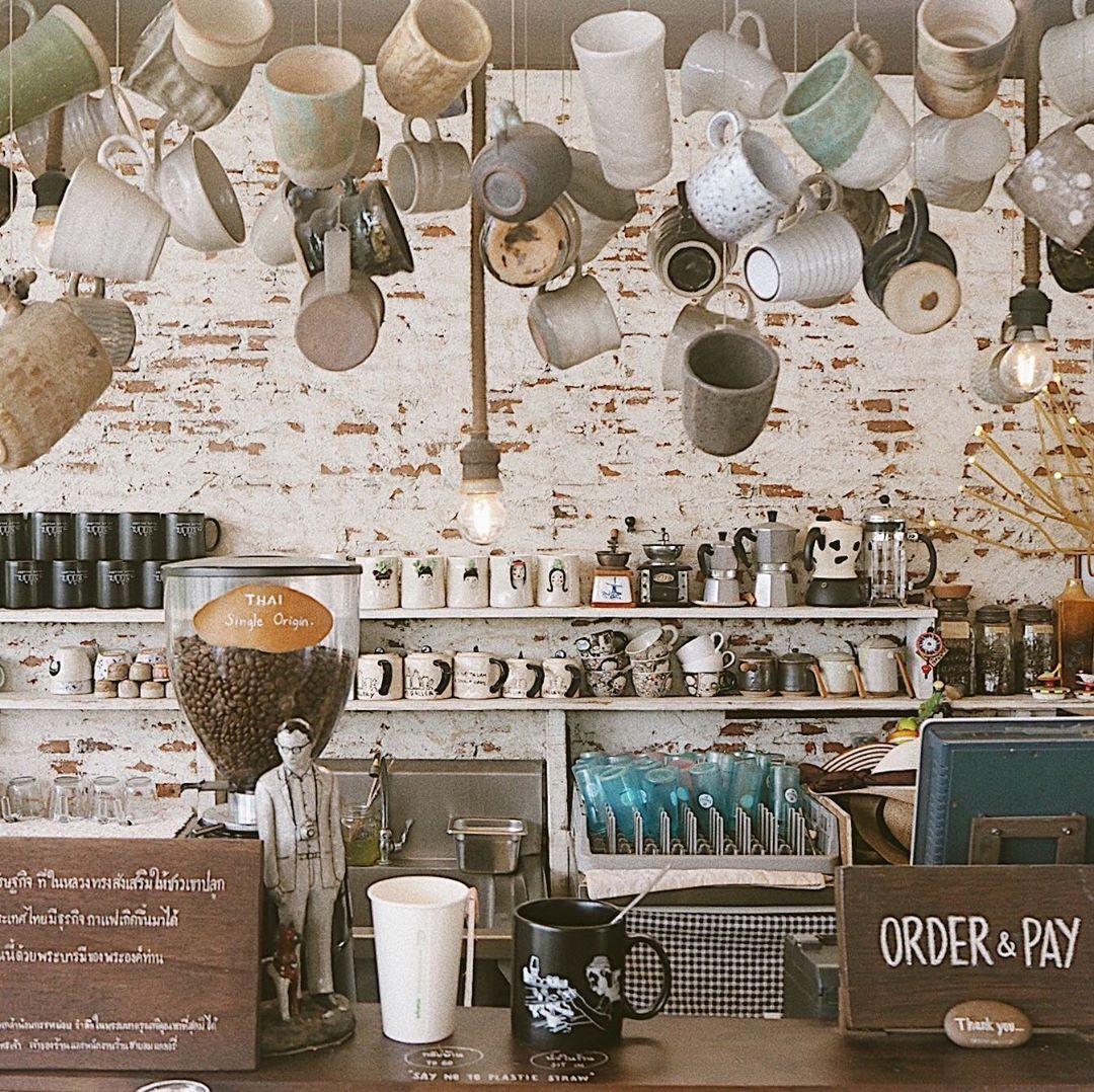 Life begins aftet coffee....   Life begins aftet coffee. . . .