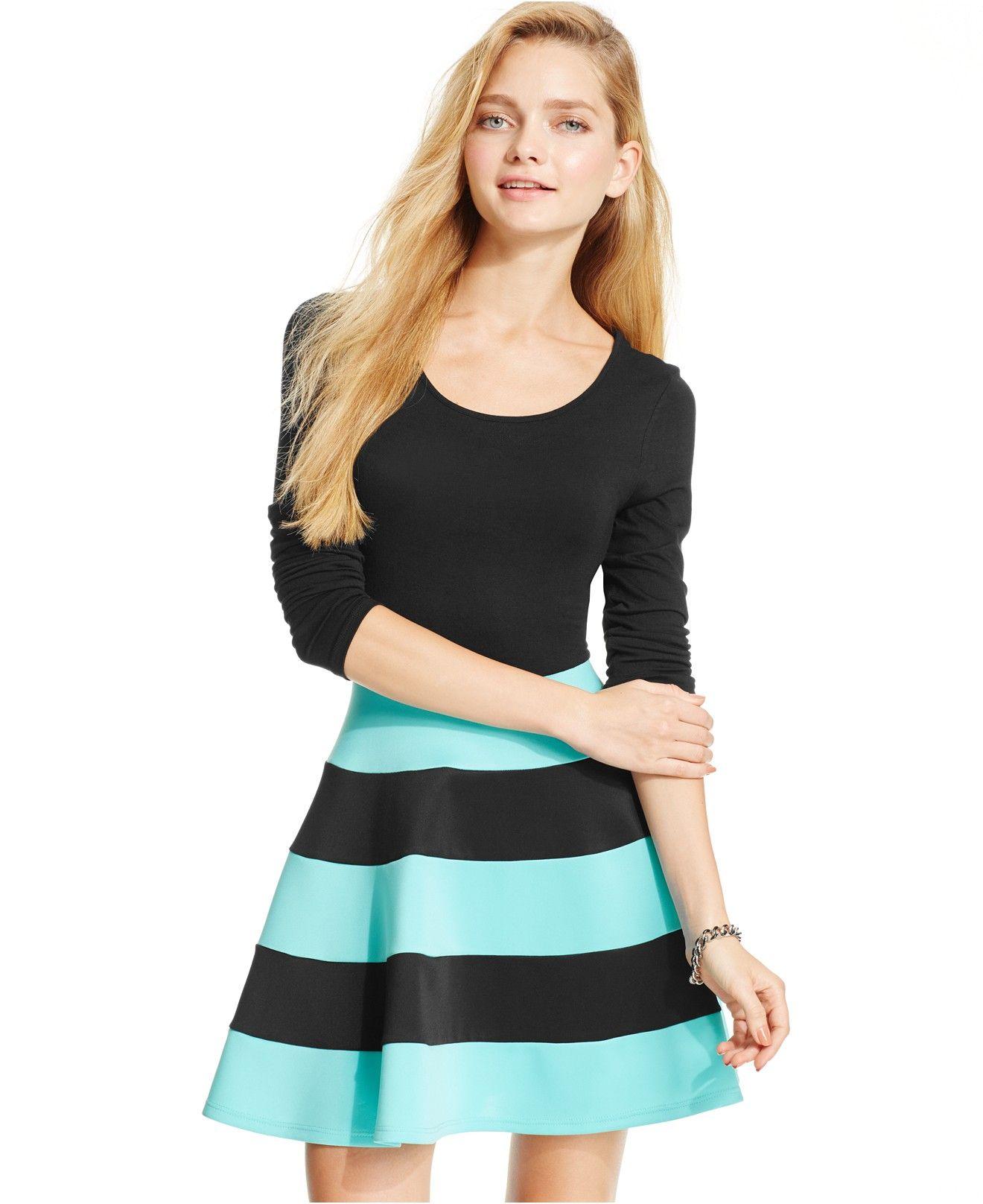 Trixxi Juniors' Long-Sleeve Colorblock Skater Dress ...