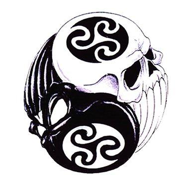tatouage de cr ne yin yang tatouage ying yang pinterest tatouages de cr nes tatouages et. Black Bedroom Furniture Sets. Home Design Ideas