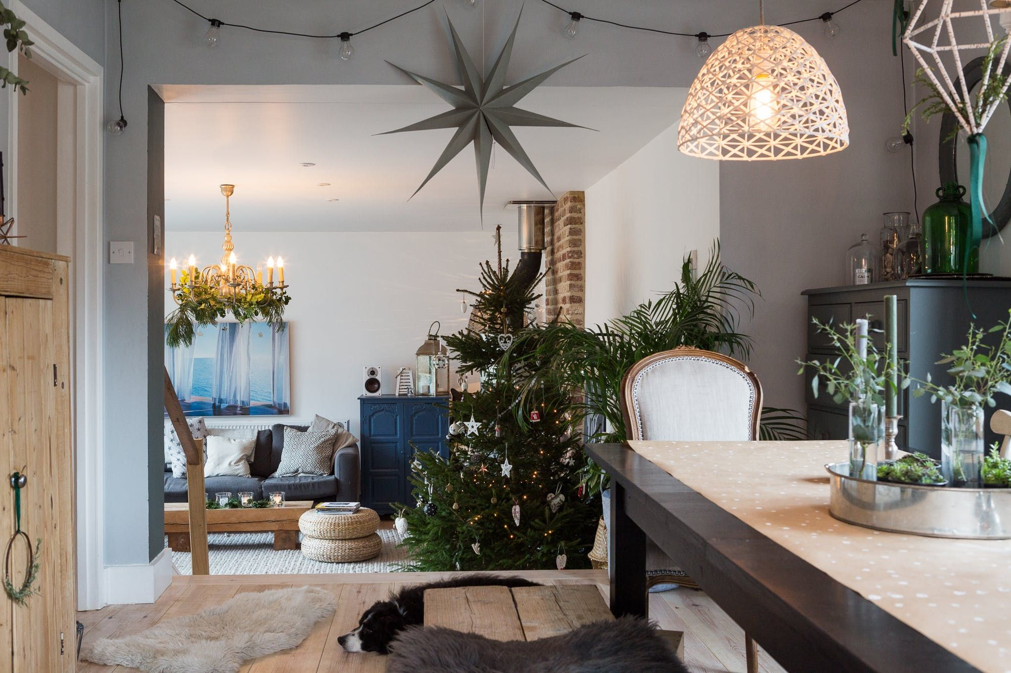 modern vintage bedroom ideas%0A Cozy Christmas Decor in a Rustic Modern English Home