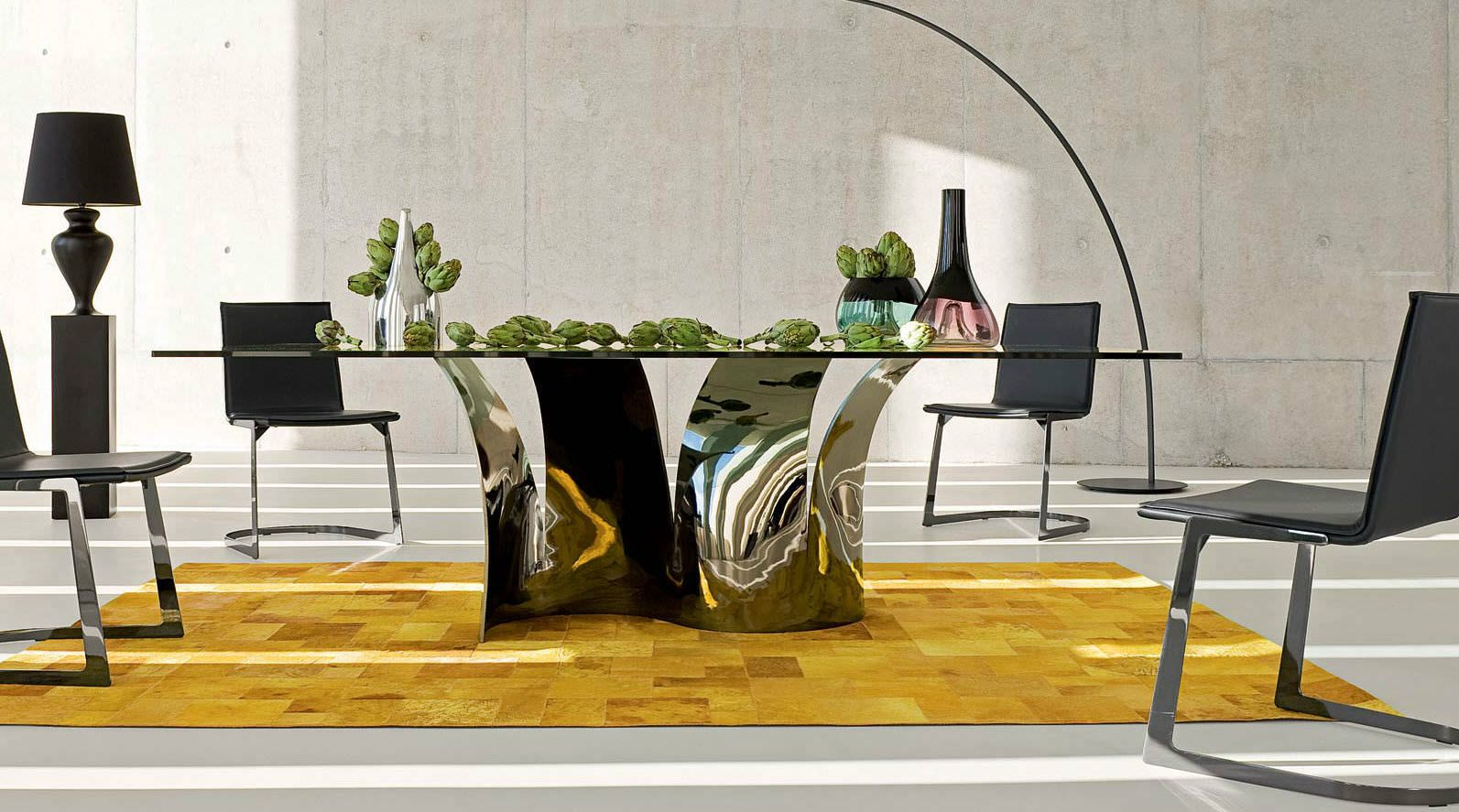 Original design glass table les contemporains voiles by for Salle a manger roche bobois
