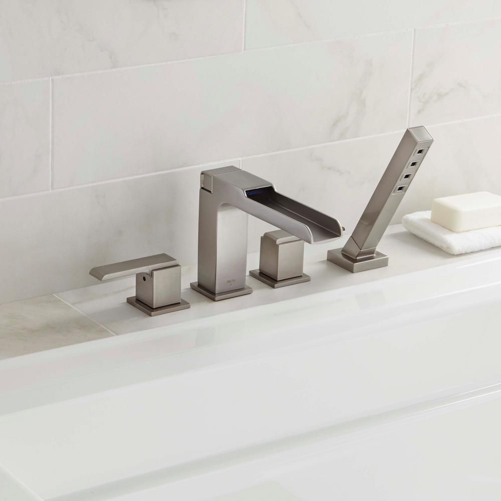 Delta Ara 2 Handle Deck Mount Roman Tub Faucet Trim Kit With Channel